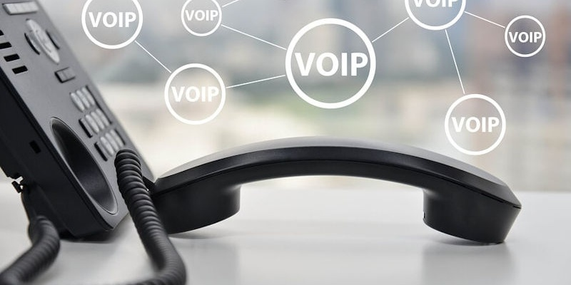 Hosted-VoiP-featured